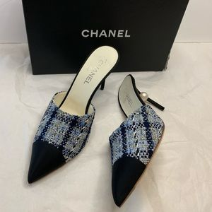 Chanel 85mm pointy 2T mule